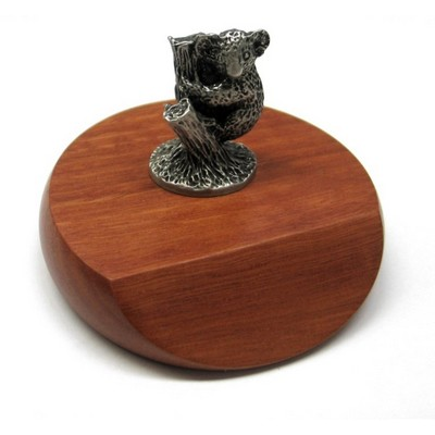 Picture of Koala mounted on wooded base