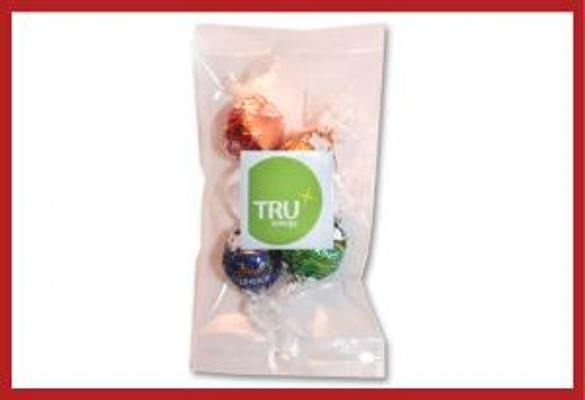 Picture of Cello bag of 4 Lindt Chocolates with label