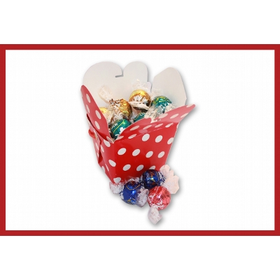 Picture of Christmas noodle box with lindor balls and label
