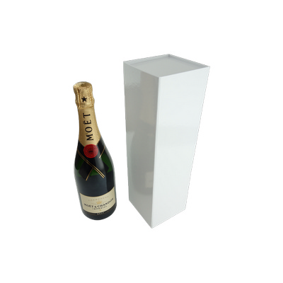 Picture of Wine Box with Magnet Closure Gloss White