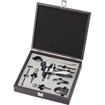 Picture of 9 piece wine gift set