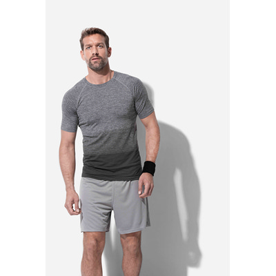 Picture of Mens Active Seamless Raglan Flow