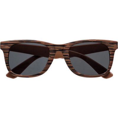 Picture of Sunglasses with wood effect