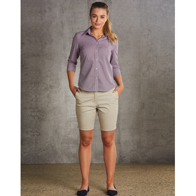 Picture of WomenS Chino Shorts