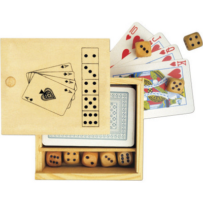 Picture of Wooden box with game set