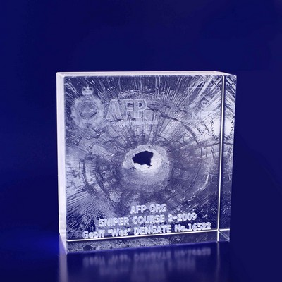 Picture of 3D Crystal square award / trophy